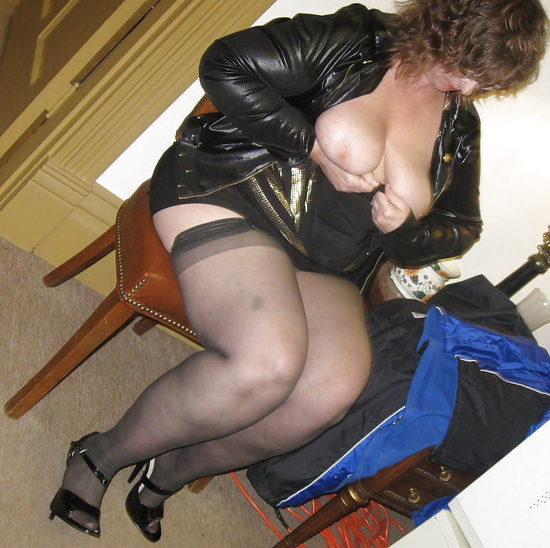 Bbw in pantyhose videos