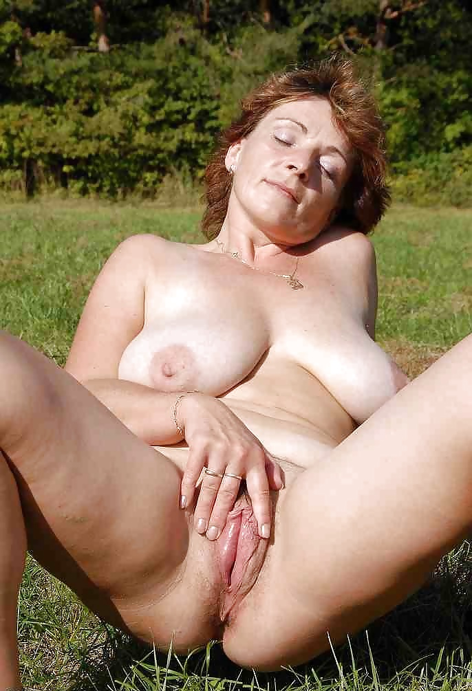 Shemale with long cock