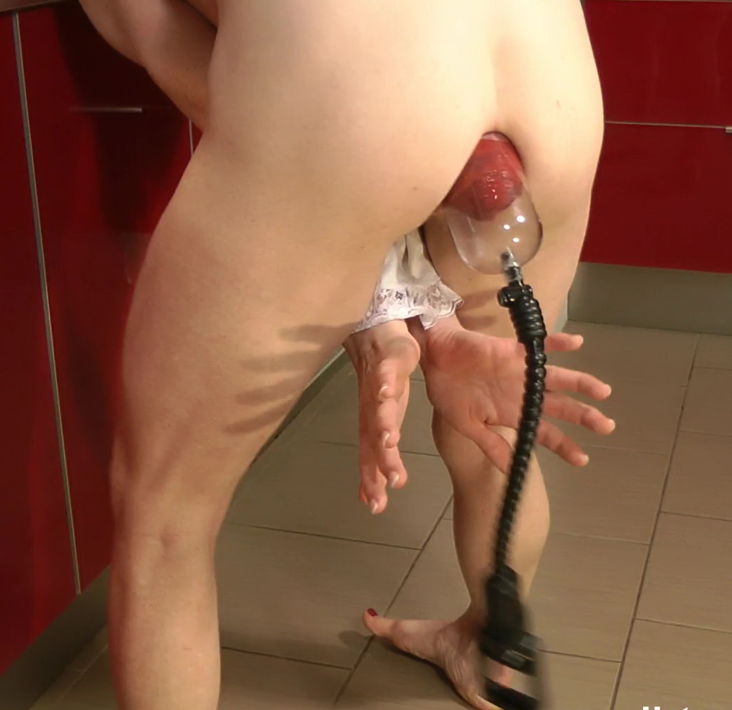 Double penetration dildo with handle