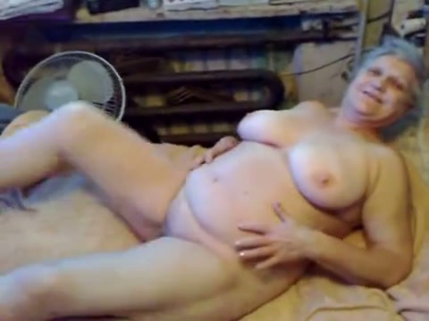 Girl get fucked until squirts